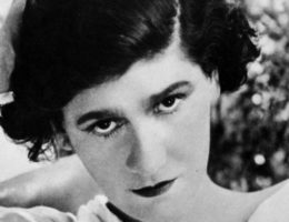 Coco_Chanel_1920