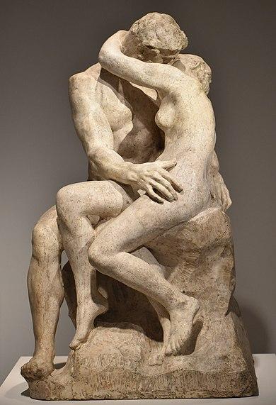 390px-Rodin_-_Le_Baiser_06